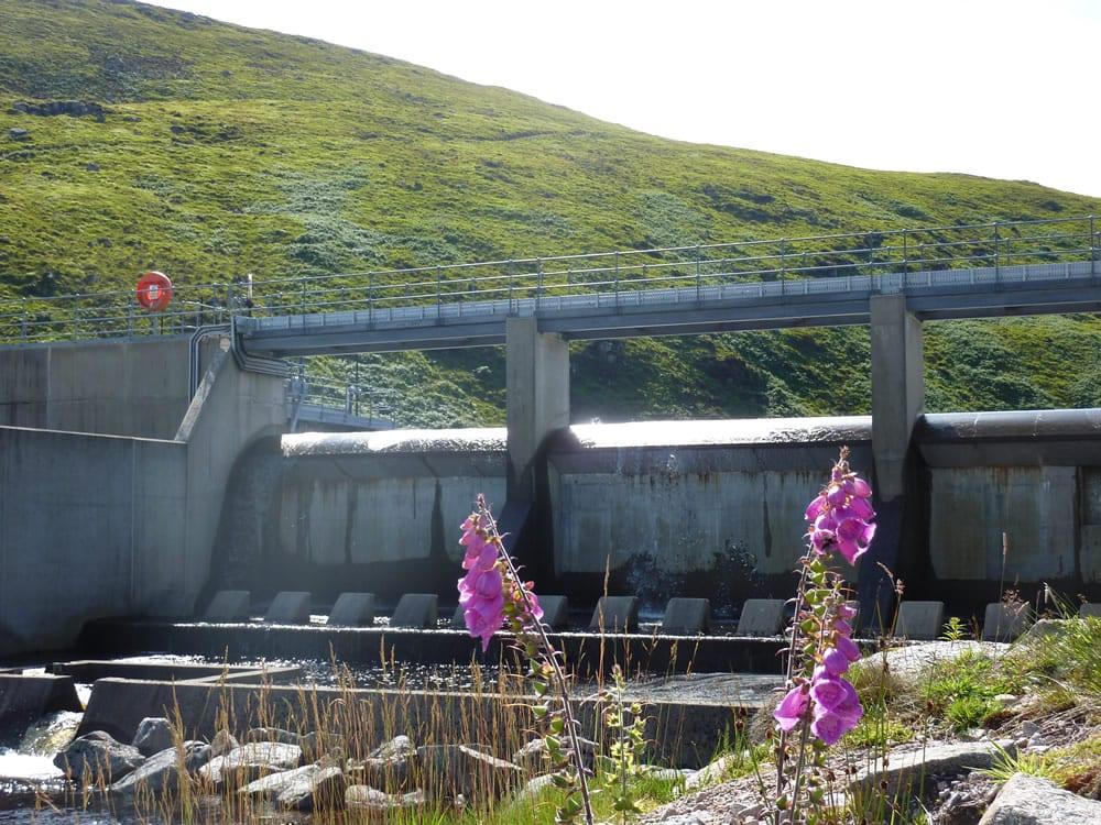 Loch Uisge Dam
