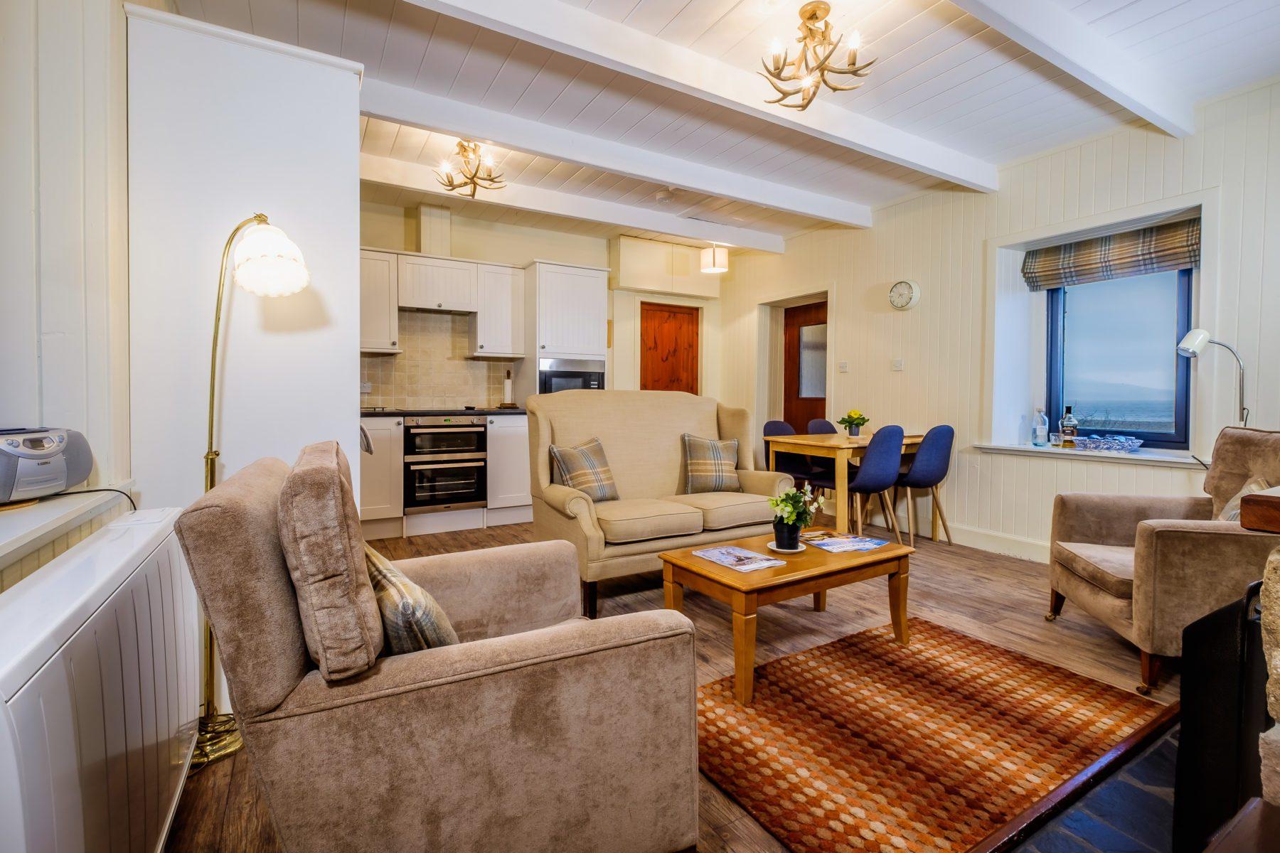 Elastic Cottage Living Room